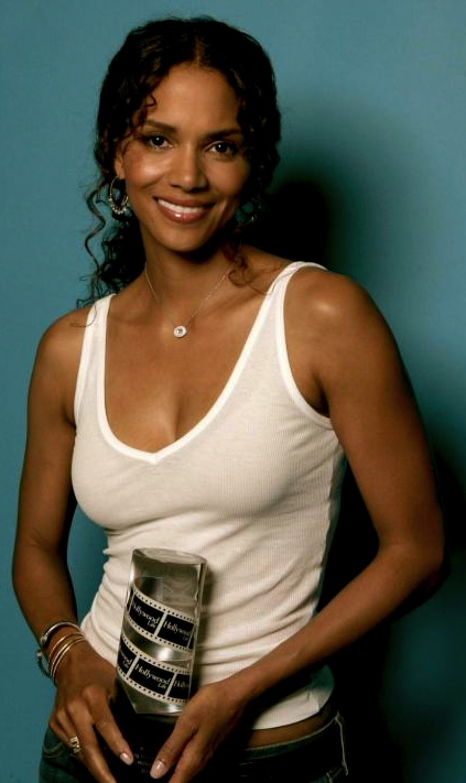 Halle Berry Voted Sexiest Woman Alive And These Photos