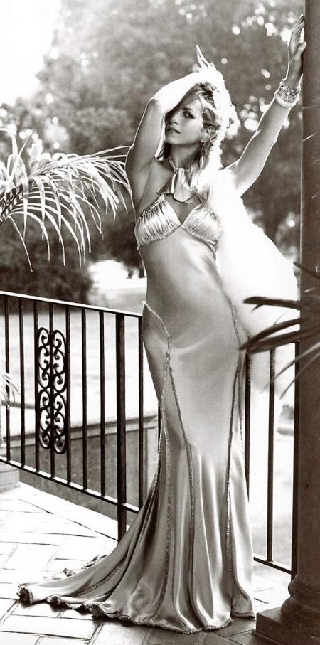 Jennifer Aniston Naked Photo Shoot 63