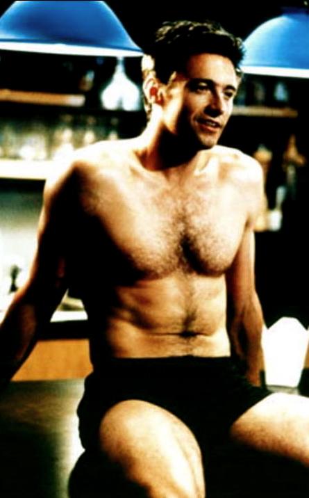 Handsome Hugh Jackman is not gay gay gay! | 22MOON.COM