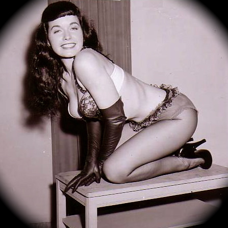 bettie_page_pinup_19-1