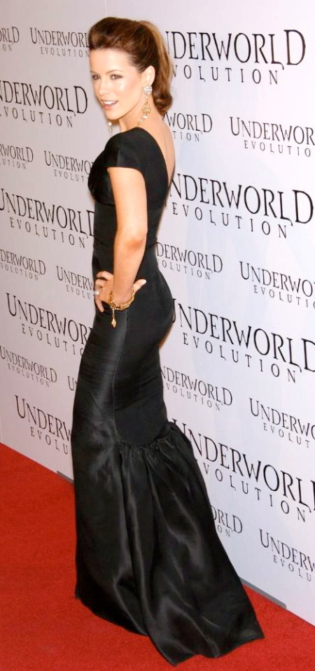 kate-beckinsale-underworld-evolution-premiere-7