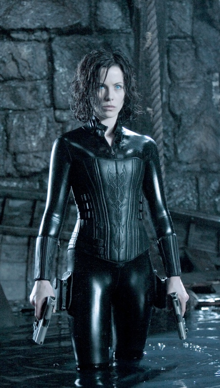 underworld-evolution-20050824113736656