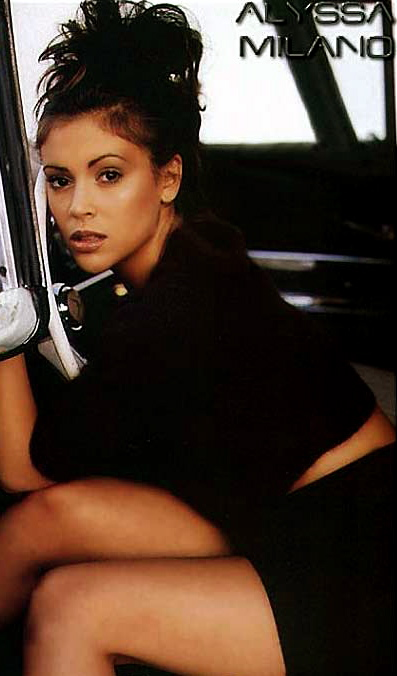 alyssa_milano_hot_3