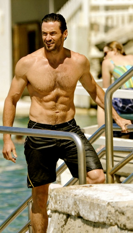 hugh-jackman-six-pack-beach-21