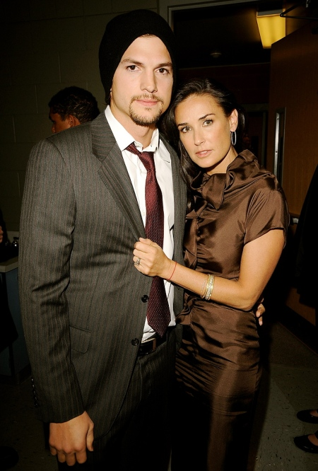 Demi Moore and Ashton Kutcher divorcing amid rumors of bisexuality ...