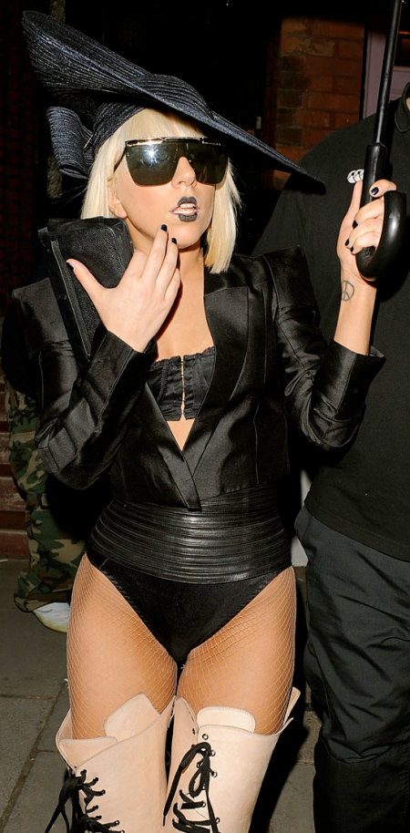 lady-gaga-black-makeup-and-tall-boots