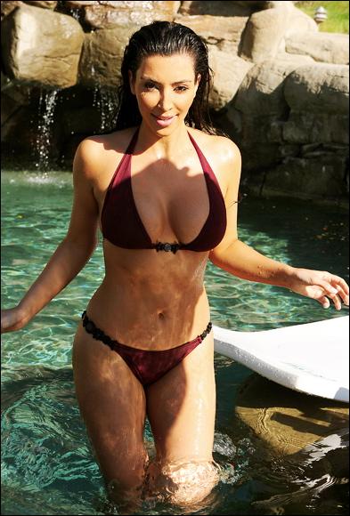 Kim_Kardashian_838501a