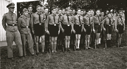 hitler_youth_group