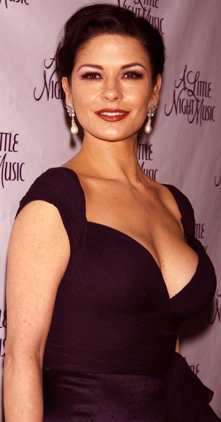 Zeta Jones Nude Pics 68
