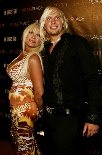 linda hogan and charlie hill 2011. boyfriend Charlie Hill.