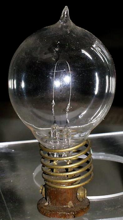 Thomas Edison Invented Light Bulb