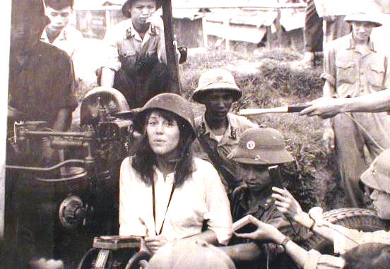 Jane Fonda in North Vietnam anti-aircraft battery
