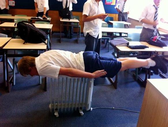 planking craze australia. __police planking