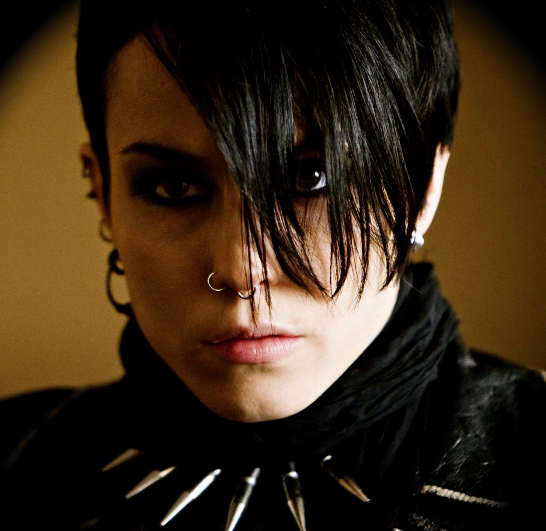 The girl with the dragon tattoo movie trailers 22moon com for The girl with the dragon tattoo movie free online
