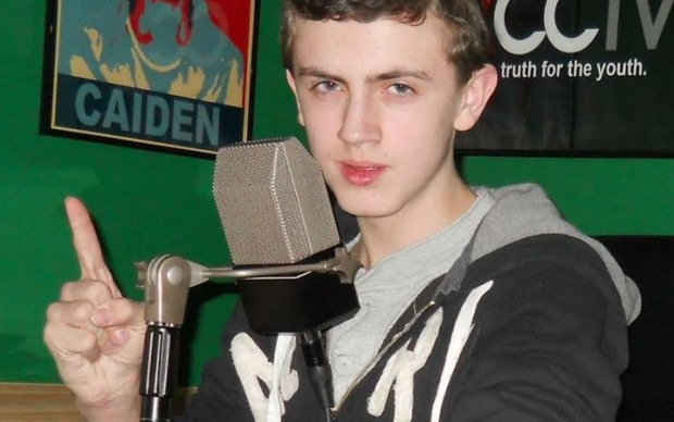 Viral Video: Teen Claims Obama Is 'Making Kids Gay' in Radio Show Rant ...