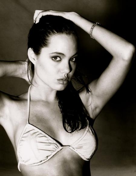 Angelina_Jolie_6