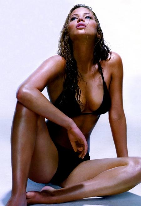 Jennifer_Lawrence-EsquireJun2010b-DL