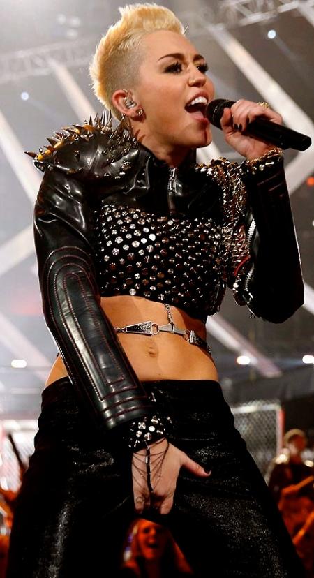_Miley_Cyrus__1639222a