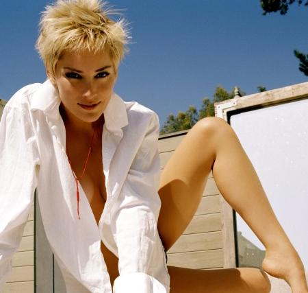 Sharon Stone pics 1600 x 1200