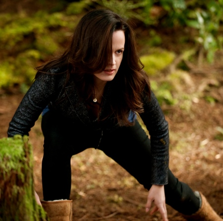 twilight-breaking-dawn-part-2-elizabeth-reaser