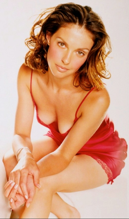 ashley-judd-025
