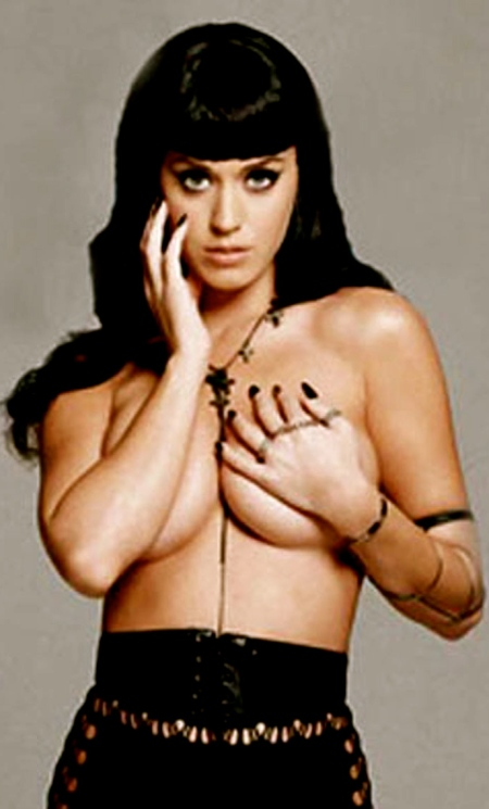 430ee_ORIG-0625_katy_perry_topless_03