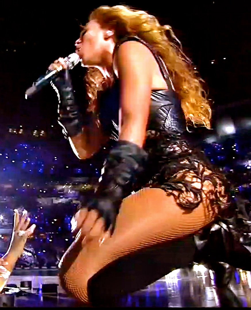 02 04 13 05 42 beyonce super bowl performance so powerful it caused