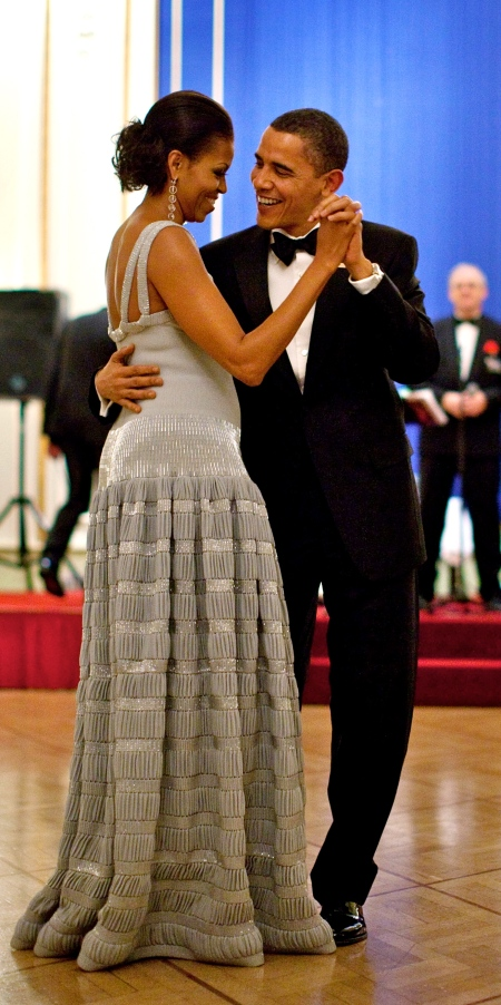 President-Barack-Obama-and-First-Lady-Michelle-Obama-Dance-during-the-Nobel-Banquet