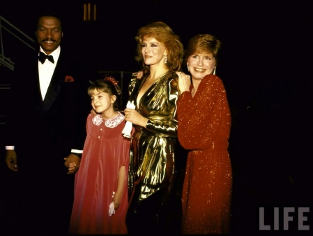 Actors-Billy-Dee-Williams,-Drew-Barrymore,-Ann-Margret-and-Bonnie-Franklin-708415.jpe