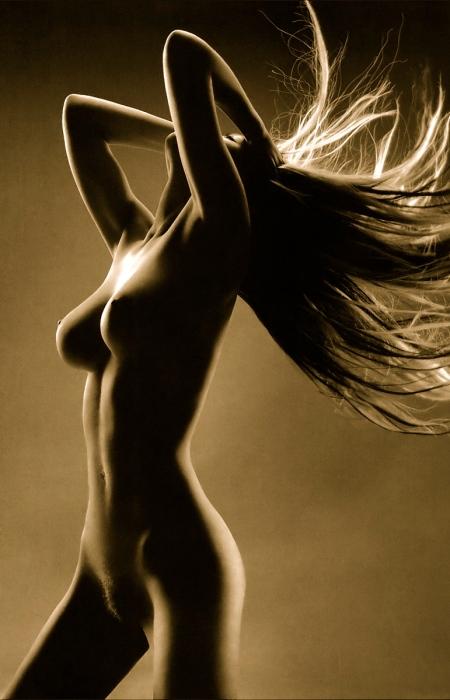 olga-kurylenko-naked-rasmus-rogensen-shoot-003