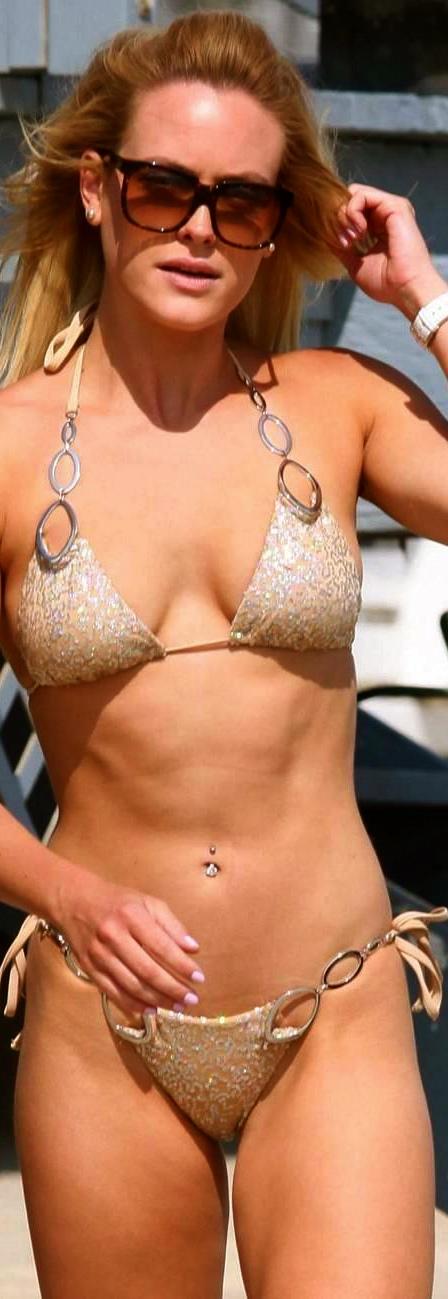 peta-murgatroyd-bikini-shades-lg-1831512181