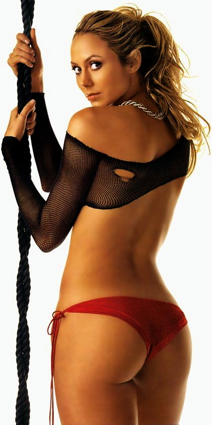 stacy-keibler-stuff-march2006-10