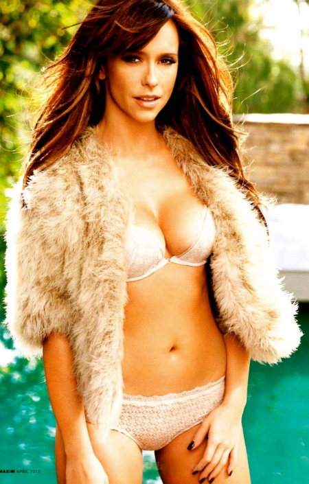 Jennifer-Love-Hewitt-Maxim-US-3