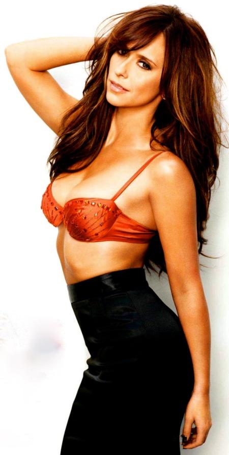 Jennifer-Love-Hewitt-Maxim-US-4