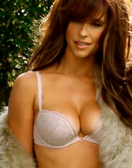 Maxim-April-2012-jennifer-love-hewitt-29674225-1280-720