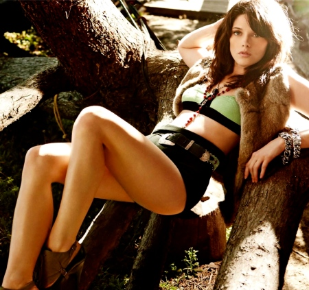 ashley-greene-actress-65788