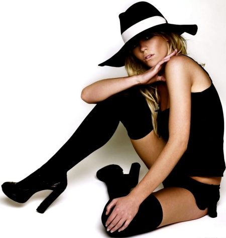 abigail_clancy_top_model_wallpaper