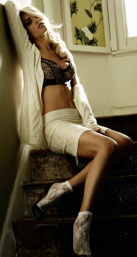 Celebrity hot Photoshoots Abigail Clancy Cosmopolitan UK magazine January 2012