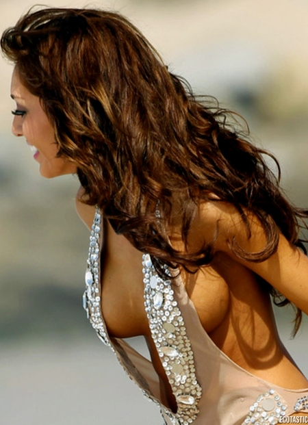 farrah-abraham-bikinis-on-the-beach-in-la-02-900x1200
