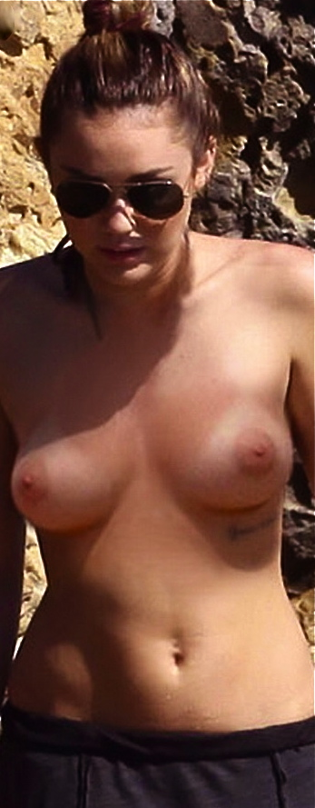 miley_cyrus_paparazzi_leaked_topless_beach_nude_666810789