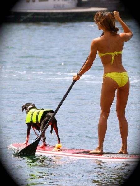 Leilani-Dowding-in-Bikini-110