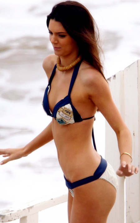 kendall-jenner-beach-bikini-photoshoot-in-la-1