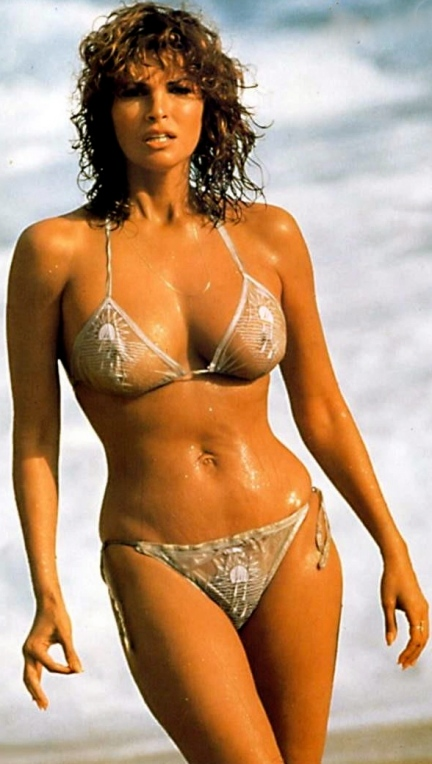 https://rashmanly.files.wordpress.com/2013/10/raquel-welch-574619214.jpg