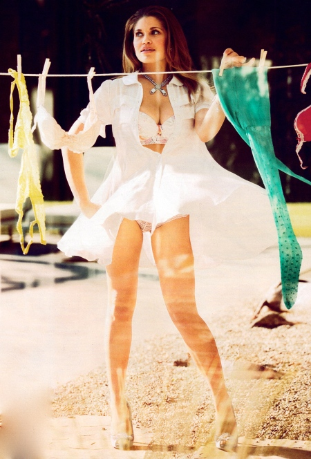 fashion_scans_remastered-danielle_fishel-maxim_usa-april_2013-scanned_by_vampirehorde-hq-5