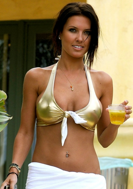 audrina-patridge-golden-girl-10