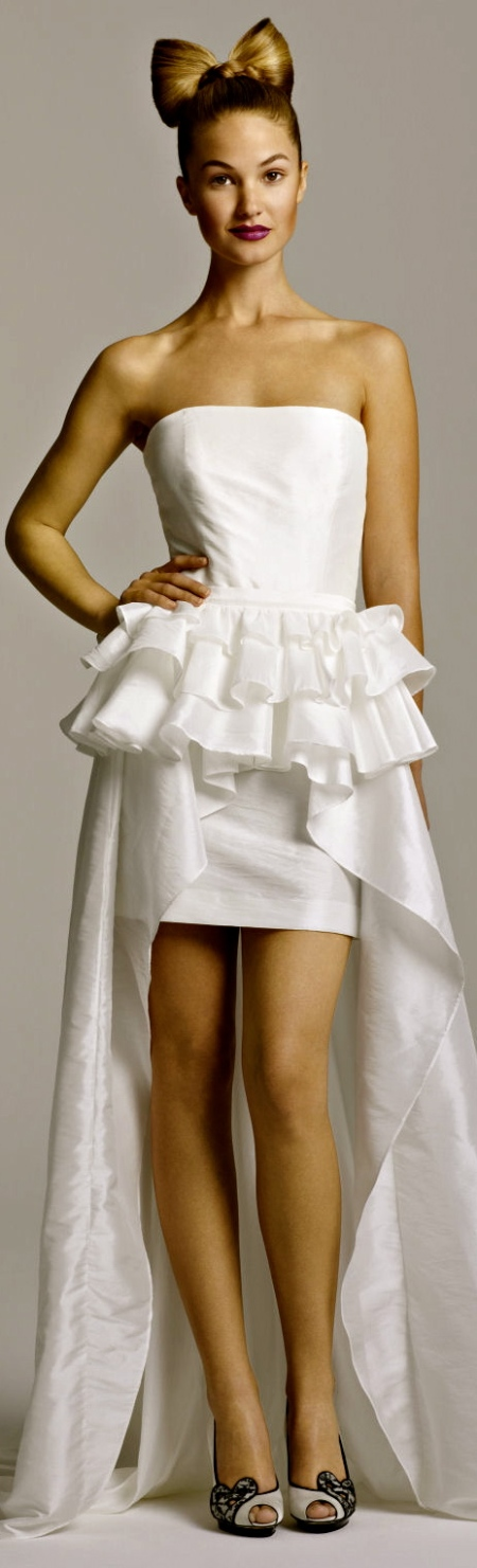1_468_8065ShortWeddingDress-Olga-TobiHannah