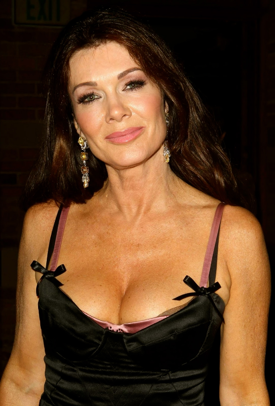 Lisa Vanderpump erotic sexy photo gallery