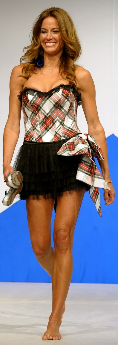 kellie-pickler-kelly-bensimon-dressed-to-kilt-03