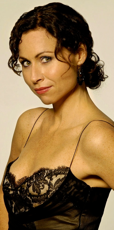 THE RICHES: Minnie Driver as Dahlia Malloy