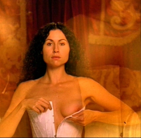 uco-minnie_driver-002